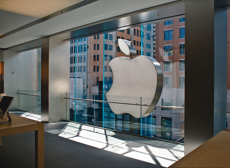 retail-apple-boylston