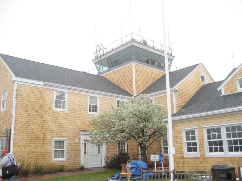 nantucket-airport-2